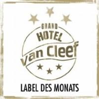 Snapshot: A Grand Hotel van Cleef Compilation