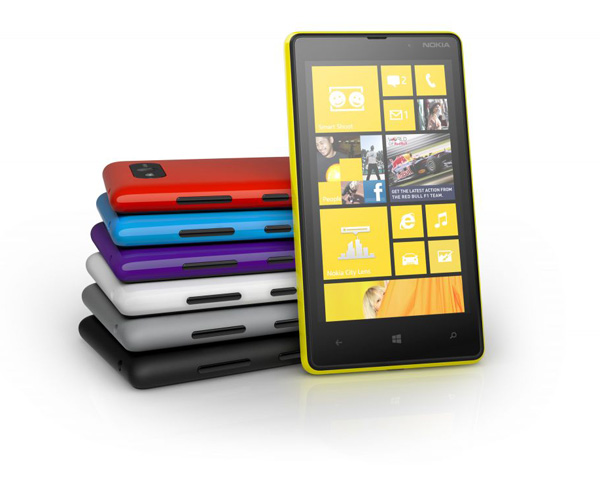 Nokia Lumia 820 Farben