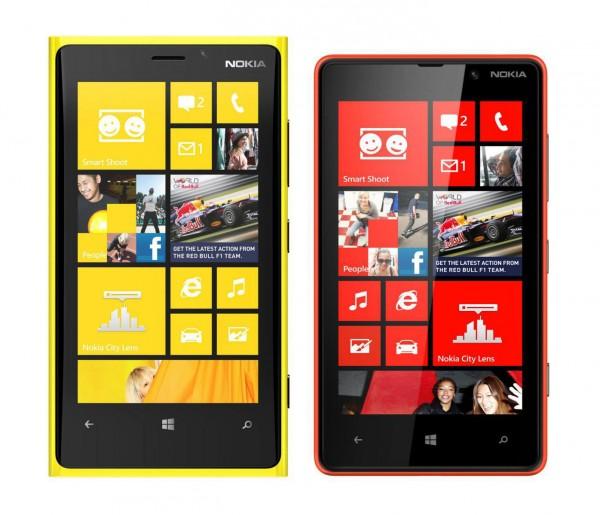Nokia Lumia 920 und Lumia 820 im Größenvergleich