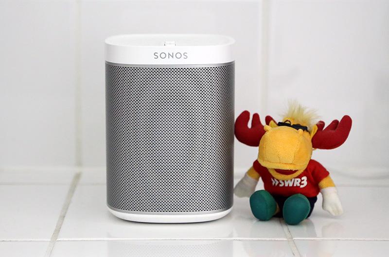 Durch Notebooksbilliger.de Hatte Ich Nun Die Möglichkeit Den Sonos Play:1  Für Einen Test Zu Erhalten Und Seither Steht Er Im Badezimmer.